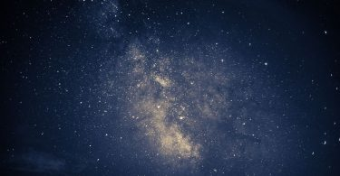 Upptäck mer av stjärnhimlen med ett teleskop